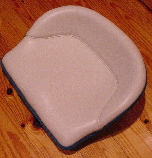 Seat Reupholstered_01.jpg